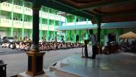 Ahad, 19 Juni 2016, merupakan yang istimewa di Sumatera Thawalib Parabek sebab di hari itu diadakan penutupan kegiatan Ramadhan sekaligus pembagian rapor semester genap TP. 2015-2016. Dalam taushiah penutup kegiatan […]